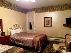 Suite 302 Kate's room