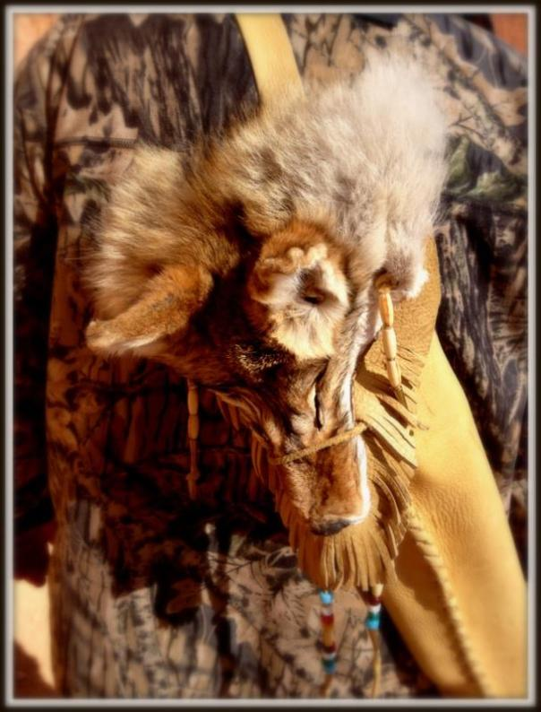 He made his quiver himself A coyote head, leather,